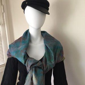 "NWT Metropolitan Museum of Art ""Monet"" scarf"